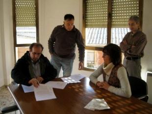 Se firma el acuerdo de compromiso entre el Ayuntamiento de Ayoó de Vidriales y el proyecto Operación CO2