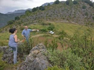 Inspección del CCPAE para declarar como ecológicos los cultivos de manzanos y plantas aromáticas en Alinyà